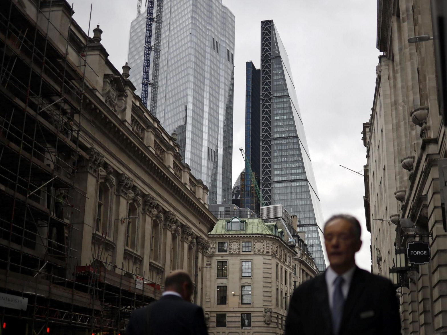 New York surges ahead of London as world's top finance hub as Brexit undermines confidence